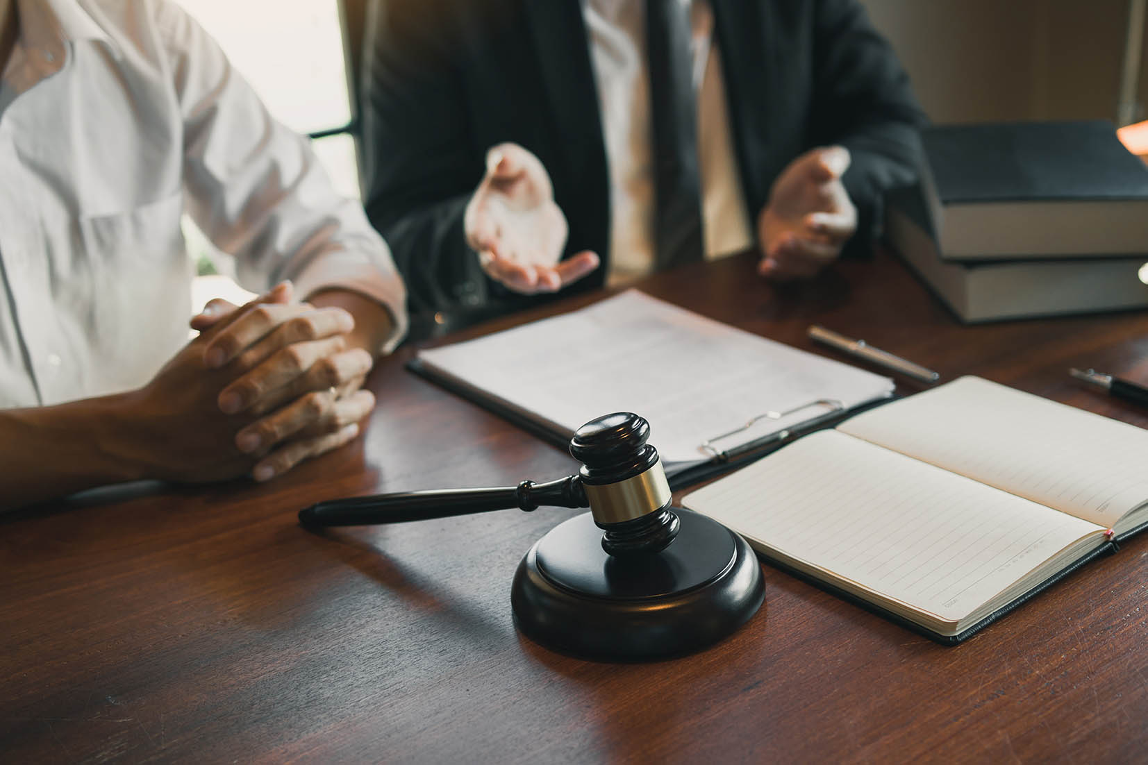 Workplace Violence_Lawyer pleading case for business client